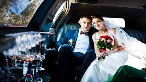 how much does it cost to rent a photo booth how much does it cost to rent a limo for a wedding service prices