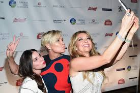 did yolanda foster cut her hair yolanda foster gets celeb support at lyme disease gala the real