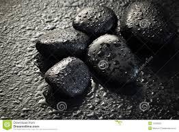 foto bagnate pietre nere bagnate fotografia stock immagine di wellness 11503600