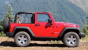 jeep soft top open 2012 jeep wrangler w video autoblog