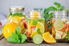 membuat infused water sendiri membuat infused water dengan buah buahan segar ini kuliner club
