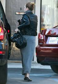 miley cyrus heading to laser tattoo removal office in los angeles