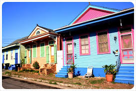 new orleans colorful houses new orleans in green ten reasons that i freaking love new orleans