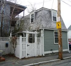 spite house boston diminutive dwellings streetsofsalem