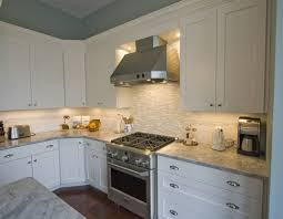 kitchen ideas for medium kitchens medium kitchen remodeling and design ideas and photos kitchen