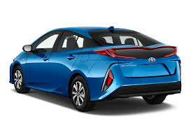 used cars toyota prius 2017 toyota prius prime reviews and rating motor trend