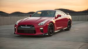 Nissan Gtr Red - nissan u0027s gt r track edition feels at home on the circuit roadshow