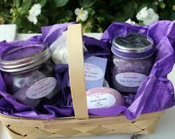 beauty gift baskets pretty in pink pering bath beauty gift basket spa gift