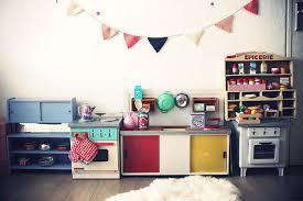 chambre enfant retro chambre de bébé jolies photos pour s inspirer côté maison