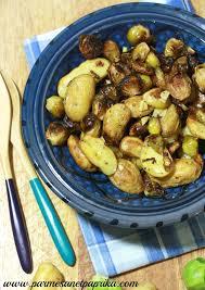 cuisiner choux de bruxelles frais pommes de terre et choux de bruxelles rôtis larattedutouquet