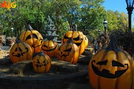 Dorney Park Halloween Commercial by Midwestinfoguide October 2013