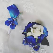 royal blue boutonniere best 25 blue corsage ideas on blush gold weddings