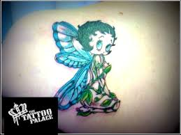 colored ink betty boop tattoo on back shoulder tattooshunt com