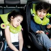 siege auto tete qui tombe acheter un cale tête bébé pour siège auto le guide l oeil sur