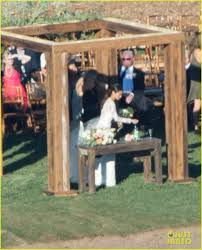 jamie chung u0026 bryan greenberg marry see the wedding pics photo