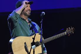 leave a light on garth brooks 4 little known stories of garth brooks biggest hits