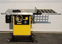 dewalt table saw guard dewalt table saw dewalt table saw outfeed table best portable