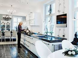 contemporary kitchen stylish black and white christmas decor