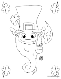 leprechaun coloring page leprechaun with shamrocks coloring page