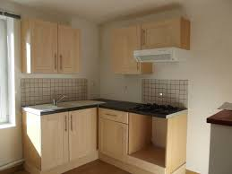 petit meuble de cuisine meuble cuisine petit espace un rangement suspendu pour gagner de