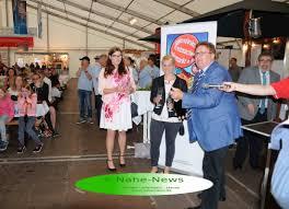 Bad Kreuznacher Jahrmarkt Eröffnung U201edas Riesenrad Strahlt Wie Eine Fackel Der Freiheit