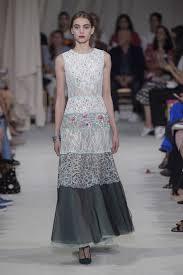 oscar de la renta spring 2016 runway the prettiest gowns and