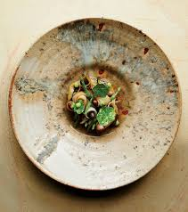 h e cuisine why restaurants are ditching white china for made ceramics