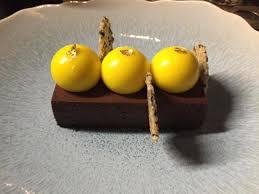 cuisine mousse au chocolat mousse au chocolat et fruit de la picture of bao modern