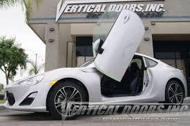 nissan 350z lambo doors vertical doors u0026 g35 08 10 bolt on lambo doors vertical doors