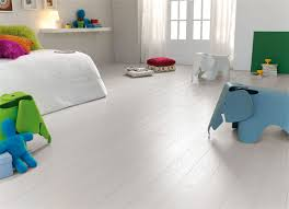Discount Laminate Flooring Uk Arctic Sovereign Oak Style Laminate Flooring U2013 Finsa Home