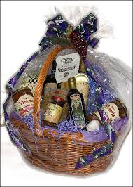 how to make a gift basket laurenzo s italian market