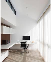 petit bureau de travail bureau suspendu un petit meuble et plein de fonctonnalité