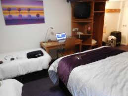 Family Room Picture Of Premier Inn Manchester Airport MJ - Premier inn family room pictures