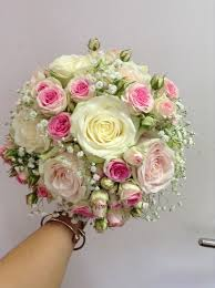 Shabby Chic Wedding Bouquets by 466 Best Roses Images On Pinterest Bridal Bouquets Bouquet