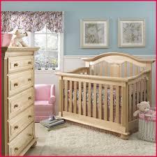 chambre nouveau né 83733 image chambre bébé bois naturel bébé et