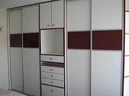 les placards de chambre a coucher glänzend les placards en aluminium on decoration d interieur moderne