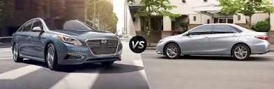 toyota camry hybrid vs hyundai sonata hybrid 2017 hyundai sonata hybrid vs 2017 toyota camry hybrid