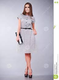 femme de bureau vêtements occasionnels et robe de style de femme d affaires de