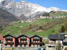 apartment red house bormio italy booking com