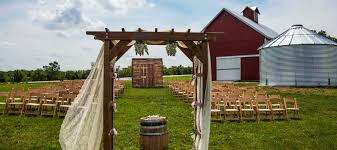 Kc Wedding Venues The Barn At Kill Creek Farm Wedding Venue U0026 Event Space Near