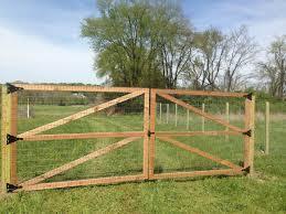 fence design nauticalimages wonderful cheap dog fence options