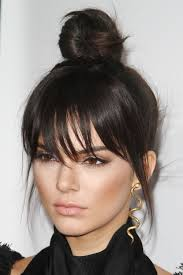 black hair buns how to get a top bun like kendall jenner the beauty bible tbb