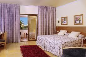hotel espagne dans la chambre séjour à ibiza en espagne hôtel la cala 4 à santa eulalia 8