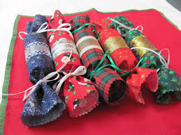 save your money canada make your own christmas crackers and save