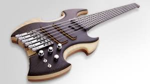 fanned fret 6 string bass flame bass 6 strings headless moscato guitares et basses
