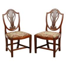 pair of 18th century english georgian chairs georgian regency