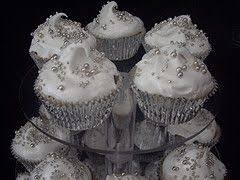 18 best white silver and black cupcakes images on