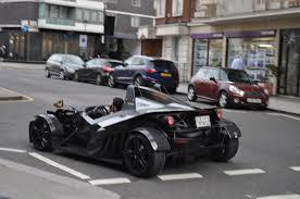 koenigsegg london ramadan rush hour u0027 as supercars hit london streets for eid al