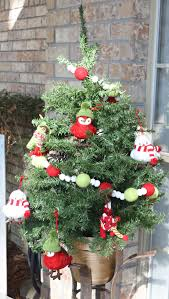 my christmas home tour christmas tour of homes perfect for porch tree the creativity exchange