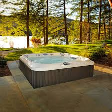 j 325 comfort compact tub w open seating jacuzzi com